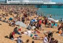 August Bank Holiday 'to smash record temperature with 33C'
